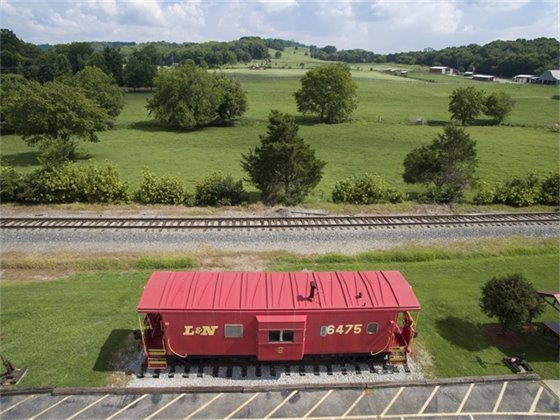 Thompson's Station  Caboose